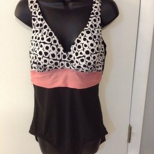 St Johns Bay Size 16 blac/white/pink swimsuit